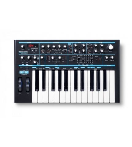 Фото 1 Синтезатор Novation Bass Station II